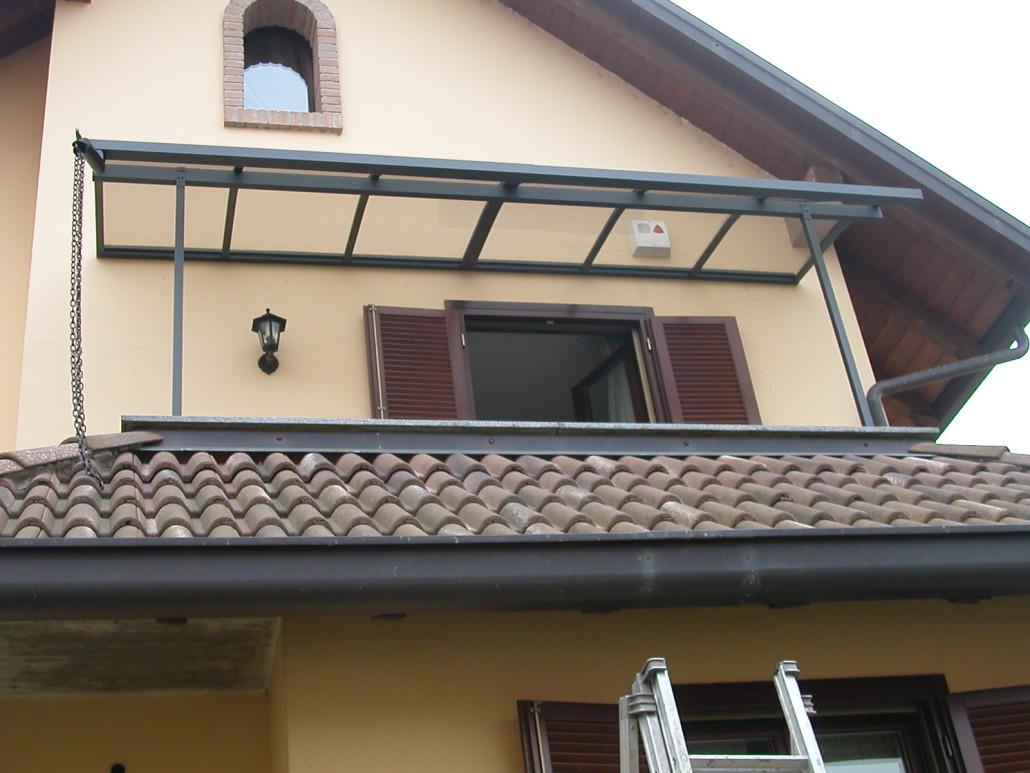 Coperture per balconi su misura realizzate in alluminio e - Tettoie per finestre ...