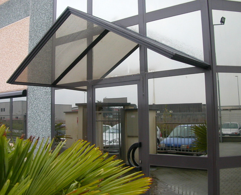 Pensilina porta ingresso